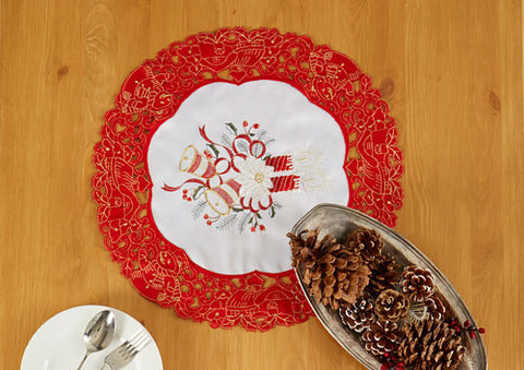 Holiday Doilies: 4 Styles, 2 Sizes