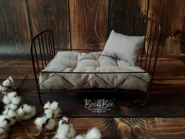 brown newborn metal bed set