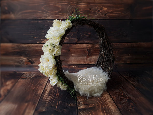 dream catcher with cream flowers