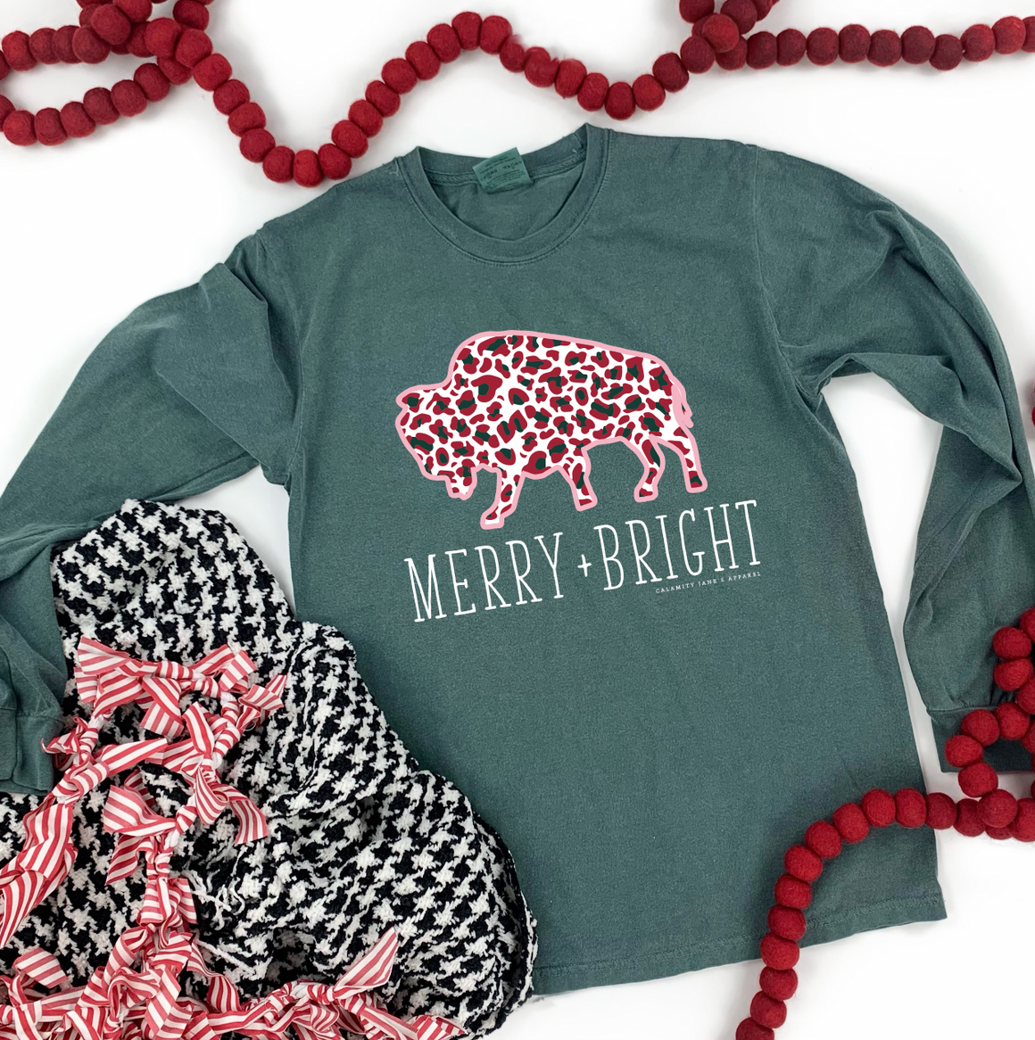 "Christmas 2020: ""Merry & Bright Buffalo"" - COMFORT COLOR LONGSLEEVE"
