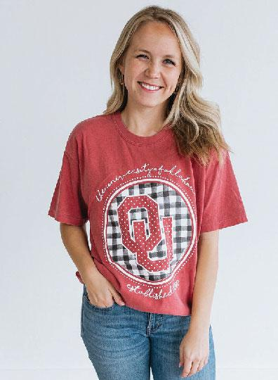 UNIV. OF OK 2019: Buffalo Check Interlocking Logo - Shortsleeve