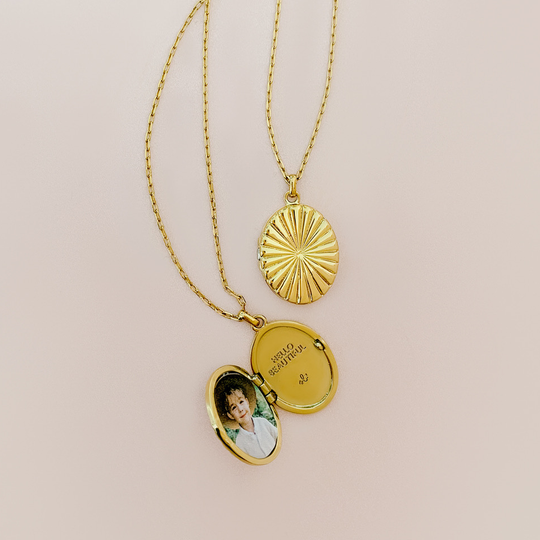 Locket Love | How To: Add a Photograph to your Locket