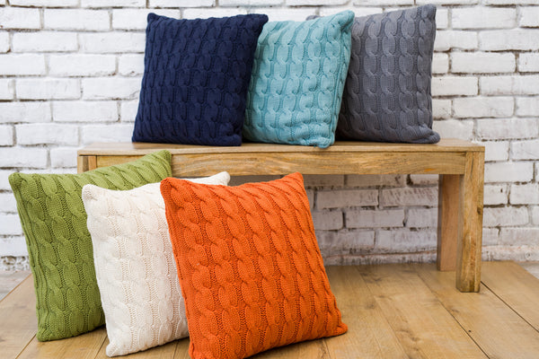 Big Cable Knitted Pillow