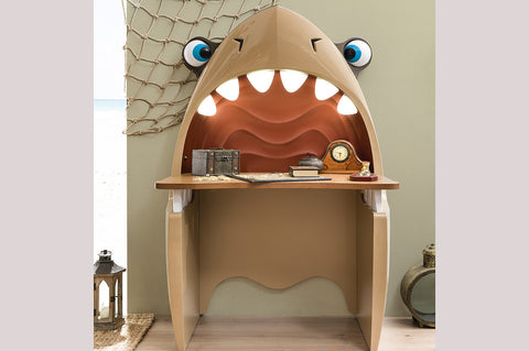Black Pirate - JAWS Shark Study Desk