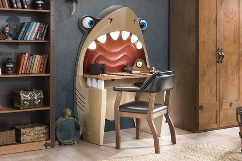 Black Pirate - JAWS Shark Desk and Chair
