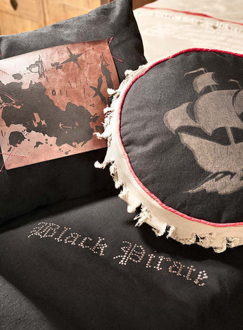 Hook Bed Comforter with 2 Decorative pillows, pirate furniture, children luxury furniture, kid's designer furniture, pirate Hook Bed Comforter with 2 Decorative pillows furniture