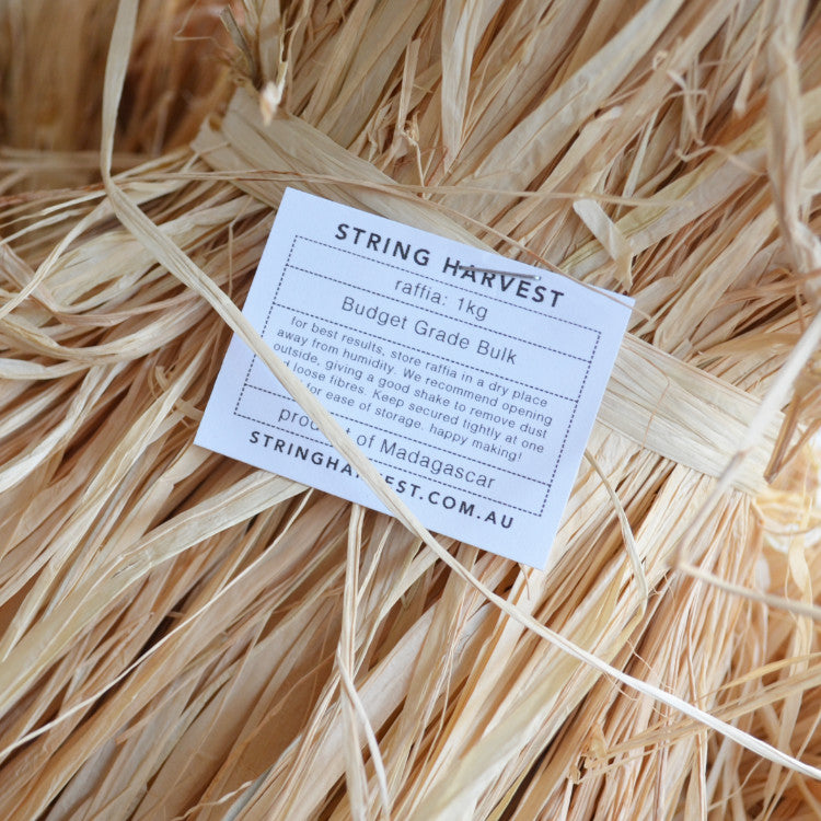 Natural raffia 1kg: Short budget