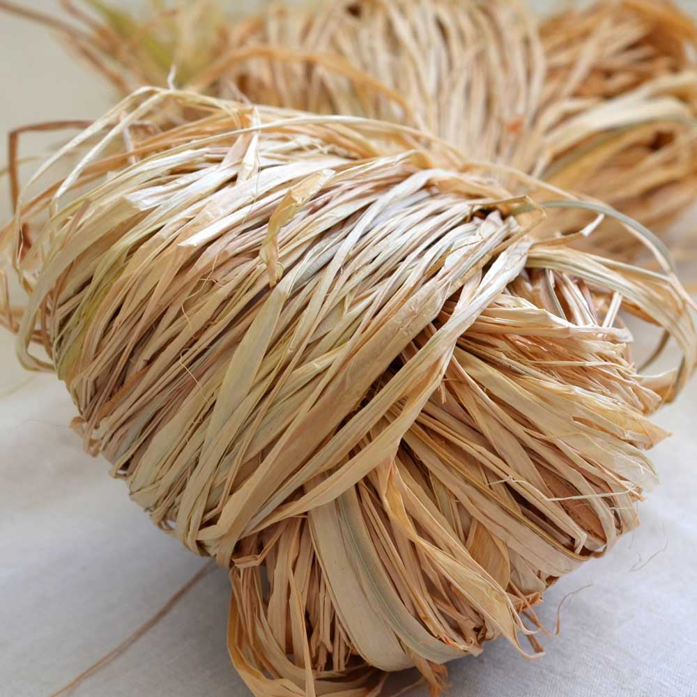 Raffia premium Madagascan: 150g Natural - string-harvest