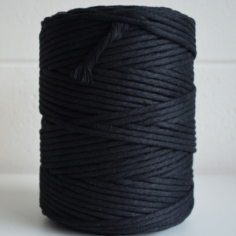 4mm - black 200m 1kg recycled cotton - string-harvest