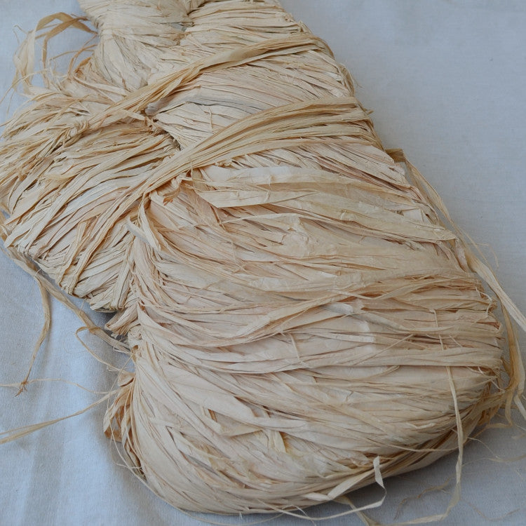 Natural raffia 1kg: Florist grade Extra Long - string-harvest
