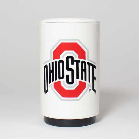 The easy-to-use, automatic Ohio State Bottle Popper effortlessly pops off and captures the cap of your favorite beer or bottled beverage in one swift, push-down motion - and as a fully portable device, its perfect for tailgates, barbecues, home bars and more.
