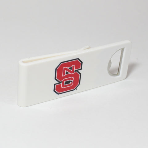 The NC State Speed Clip is a dual-function, slide-on bottle opener that can be worn on pockets, shirt sleeves, baseball caps, belt loops and more for quick, convenient access wherever you are. Speed Clips can also be used as a chip bag clip, document clip or money clip.