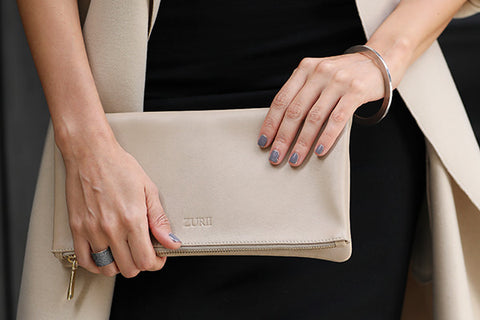 The Manhattan Clutch - Barely Pink