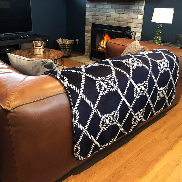 21 Knots Denali Microplush™ Throw Blanket
