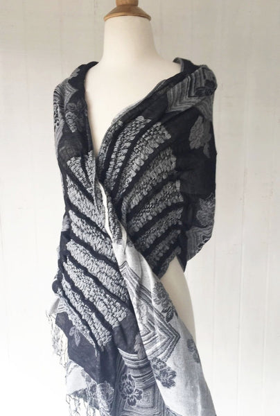 Woven Reversible Ruffled Scarf/Wrap - White Raven