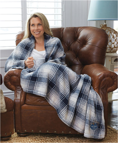 Blue Plaid Velura™ Cabin Throw|Decorating Option