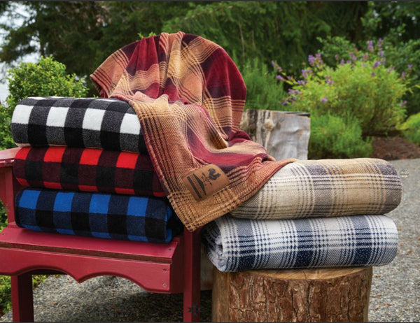 Black-White Buffalo Check Velura™ Cabin Throw|Decorating Option