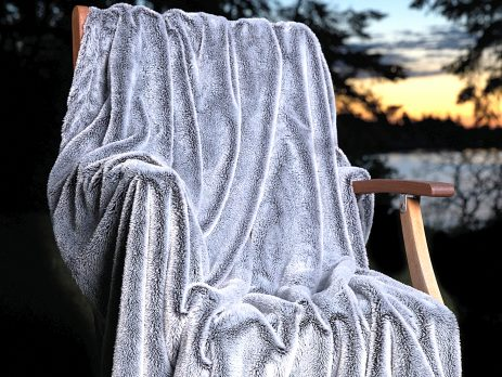 Velvafur™ Faux Fur/Micro Fur Reversed Throw Blanket|4 Colors|Decorating Option