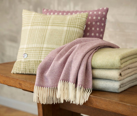 Bronte by Moon Lilac Herringbone Merino Lambswool Throw Blanket - England