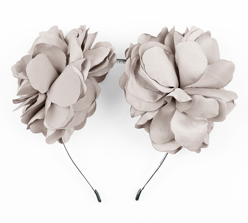large flower ear in beige