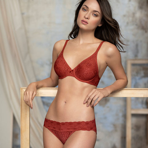 Halo Lace Moulded Underwired Bra in Red Pear