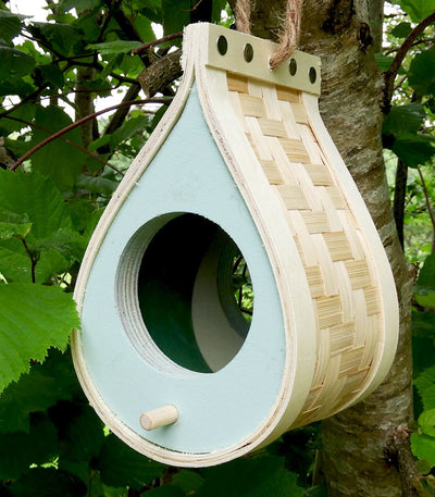 Eco-friendly bird feeder - fsc wood