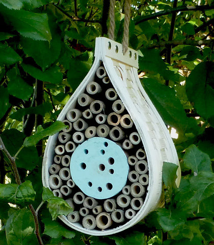 Eco-friendly bee house, fsc wood
