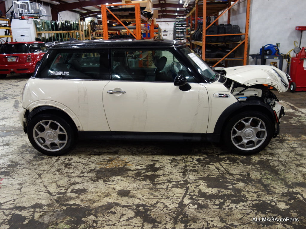 Just Arrived: 2006 Mini Cooper S