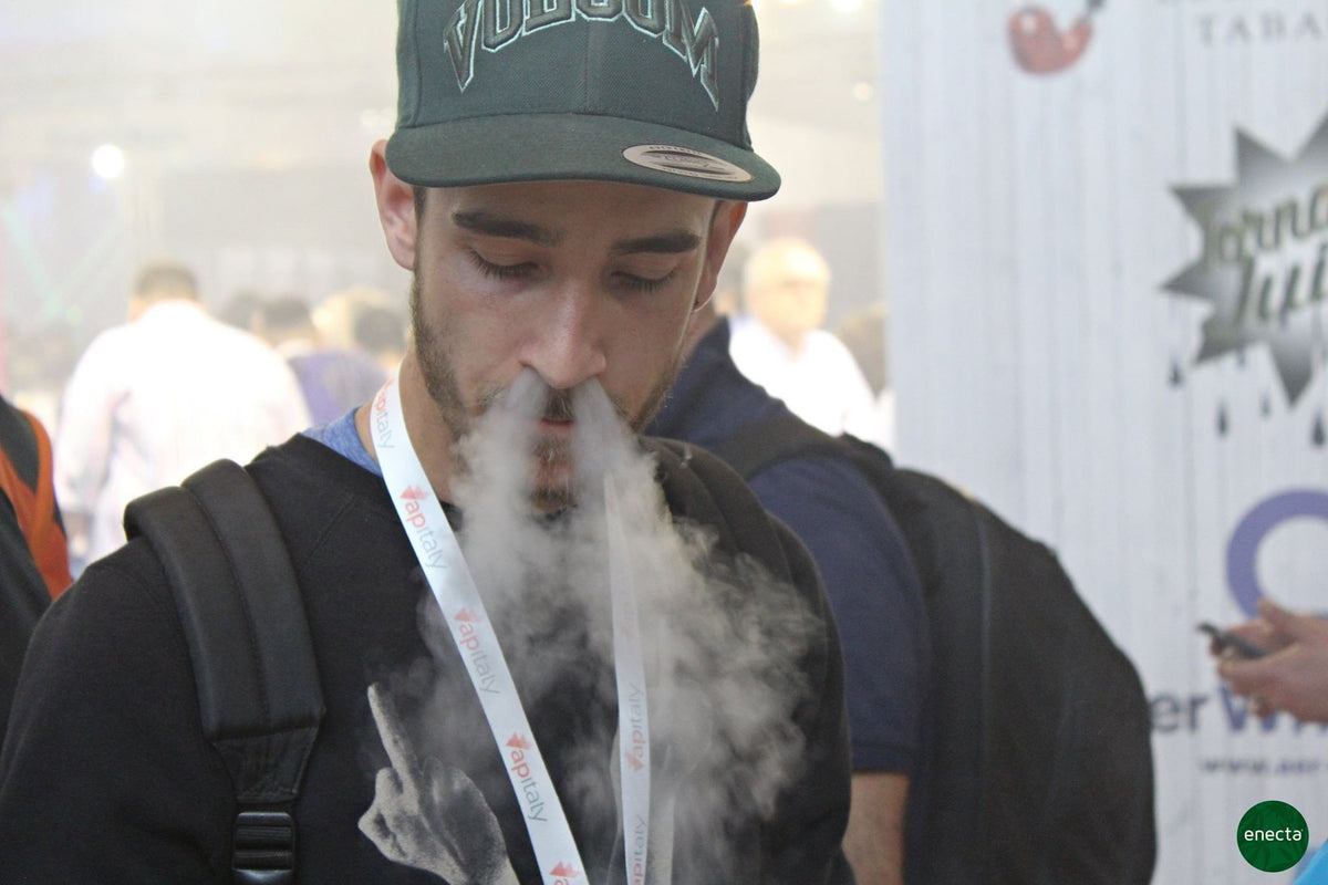 "Better to ""Vape"" Crystals or E-Liquids? Enecta's analyses"