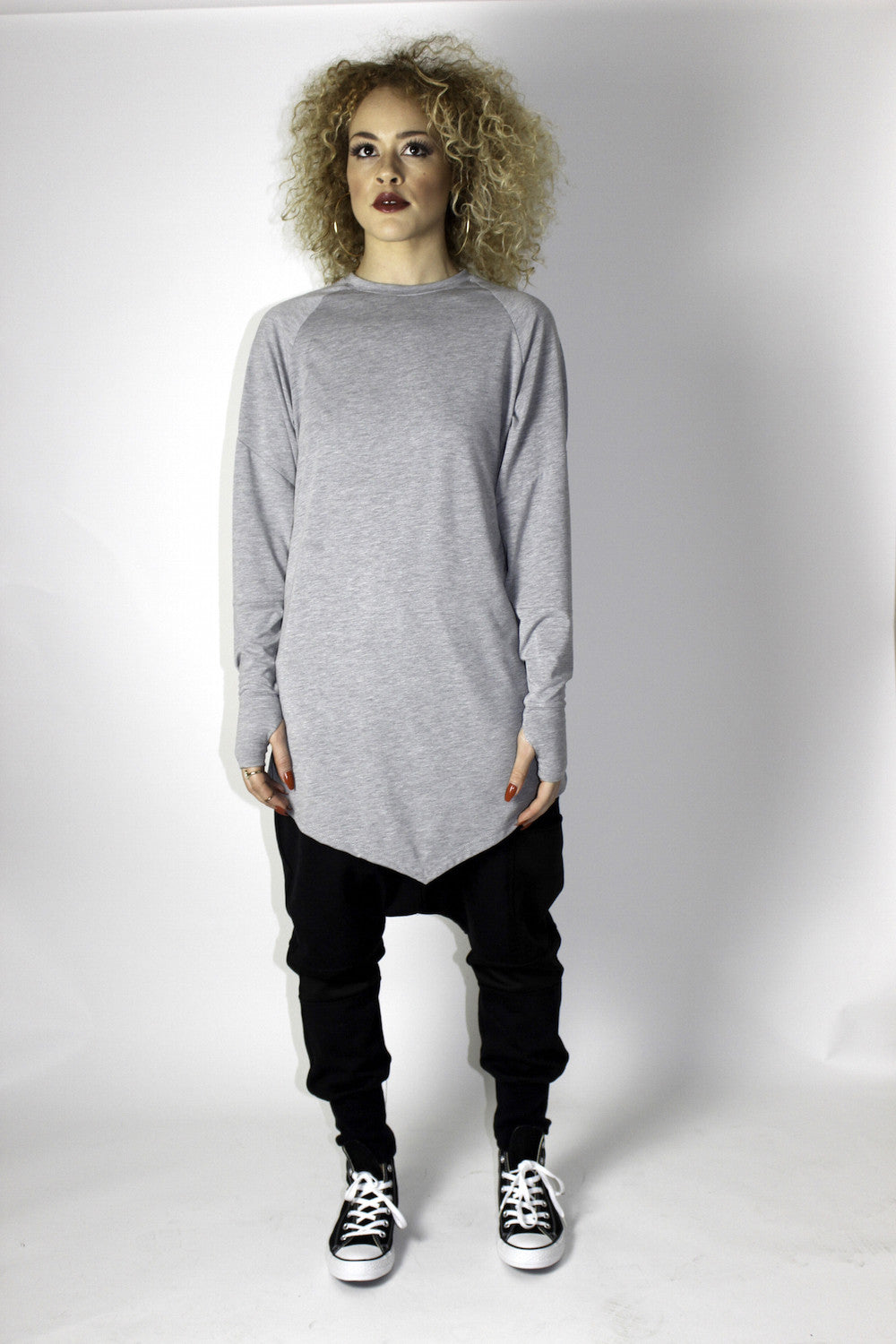 DREWSKI BY HEENY - Dagger Longsleeve Tee - Marl Grey - •ÈÀOversized longsleeve t-shirt with angled front, straight seemed back and raglan cut sleeve