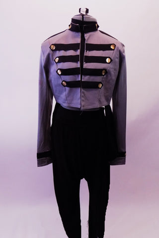 Michael Jackson inspired 2-Piece costume has a grey military jacket with faux gold button and black band design at neck, torso and cuffs. Comes with black drop-crotch harem pant. Front