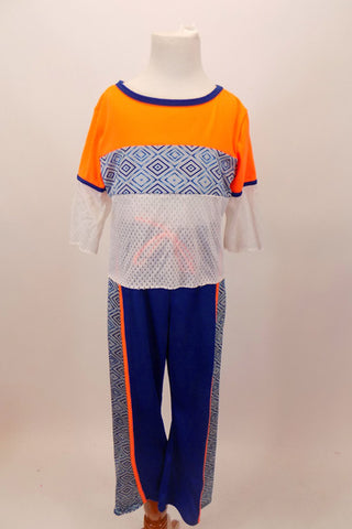 Blue athletic pants with side stripes in a diamond pattern matches the white and orange athletic top with diamond stripe . Can be used for jazz or hip-hop. Front