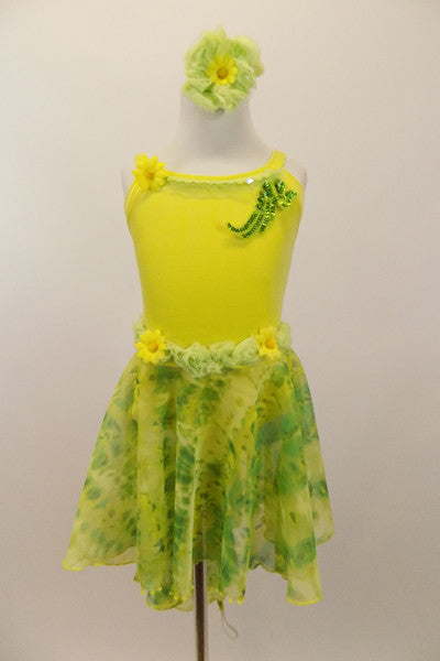 Soft yellow velvet leotard had  ruffled trim along bust,& waist. Skirt & back wing scarf is marbled yellow-green chiffon. Comes with matching hair accessory. Front