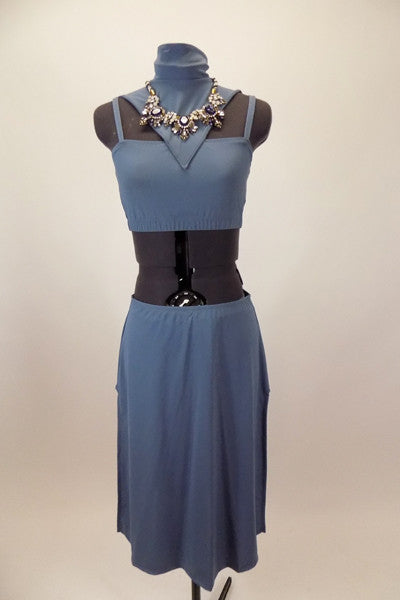 Blue-grey costume has camisole top with corset back & attached high neck collar with large jeweled necklace. Has matching long skirt with side slits & hair clip. Front