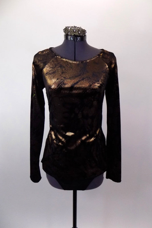 Copper and black metallic long sleeved tunic top has round neck & open back joined by a wide horizontal band. Comes with black briefs & metallic hair accessory. Front