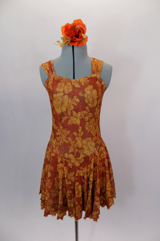 Flowy, glitter tank stretch dress has wide shoulder straps & gathered front bodice. Base is burnt orange with amber leaves & berries and gold fleck. Comes with matching hair scrunchie. Front