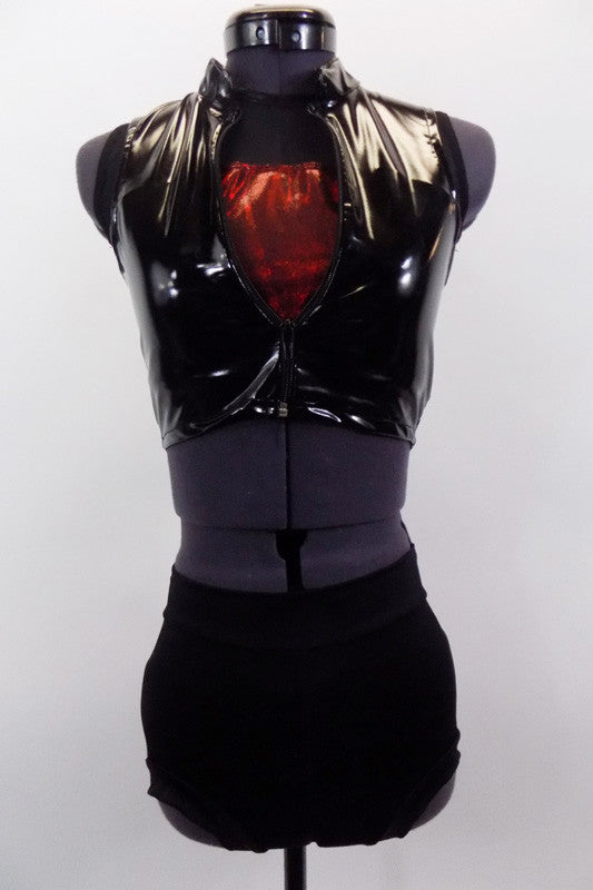 This three piece costume comes with open back half top with black mesh upper & red metallic front &  back strap. Comes with black shorts & shiny pleather vest. Front