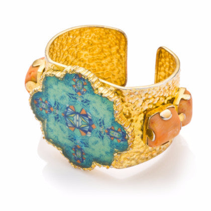 *Limited edition* 8 coral cuff
