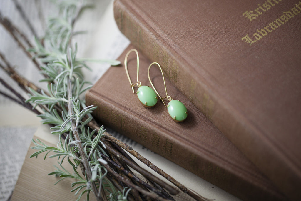 """Mint Pop"" Vintage Glass Earrings"