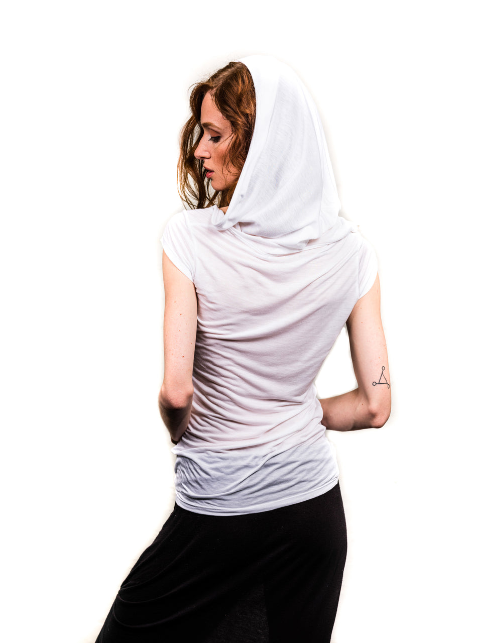 Short Sleeve T-Shirt with Hood - Illuminated White