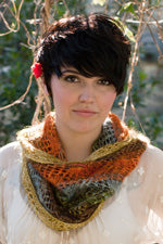 Paintbrush Lace Cowl