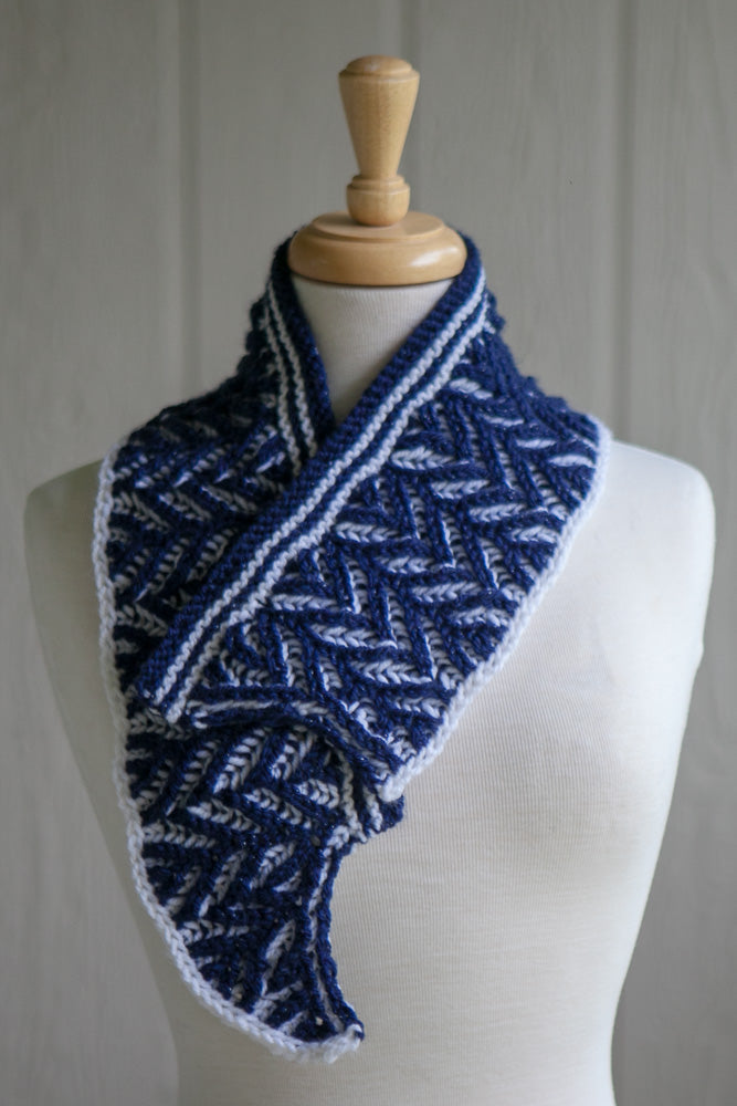 Class: Beyond Basic Brioche with the Ramble Shawl Sample
