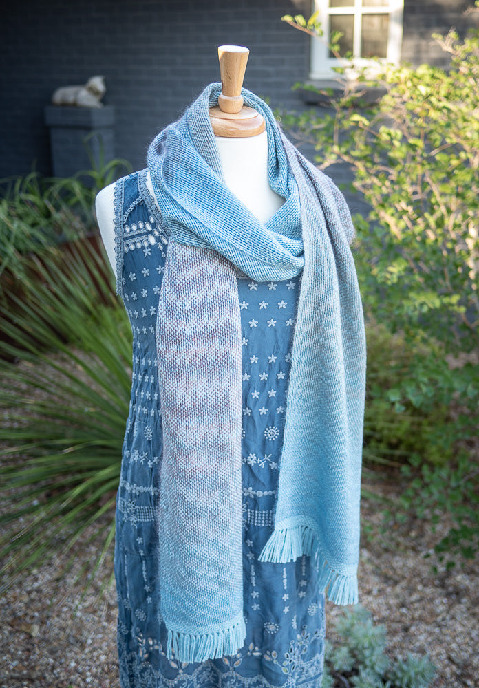 Mo-Mo-Mohair Free Woven Scarves Pattern