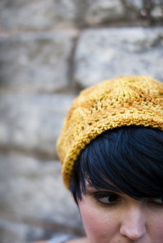 Dawn of the Daylily Hat Pattern