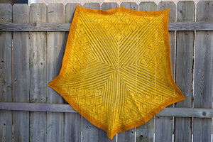 Urth Starstruck Shawl Kit