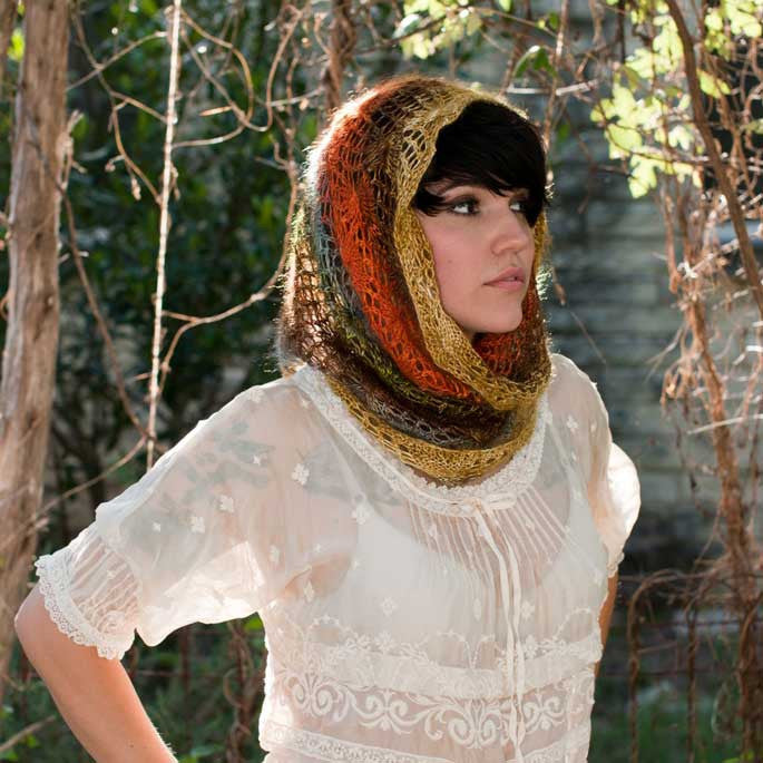 Paintbrush Lace Cowl Pattern