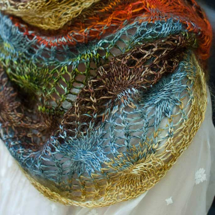 Paintbrush Lace Cowl Pattern - Hill Country Weavers