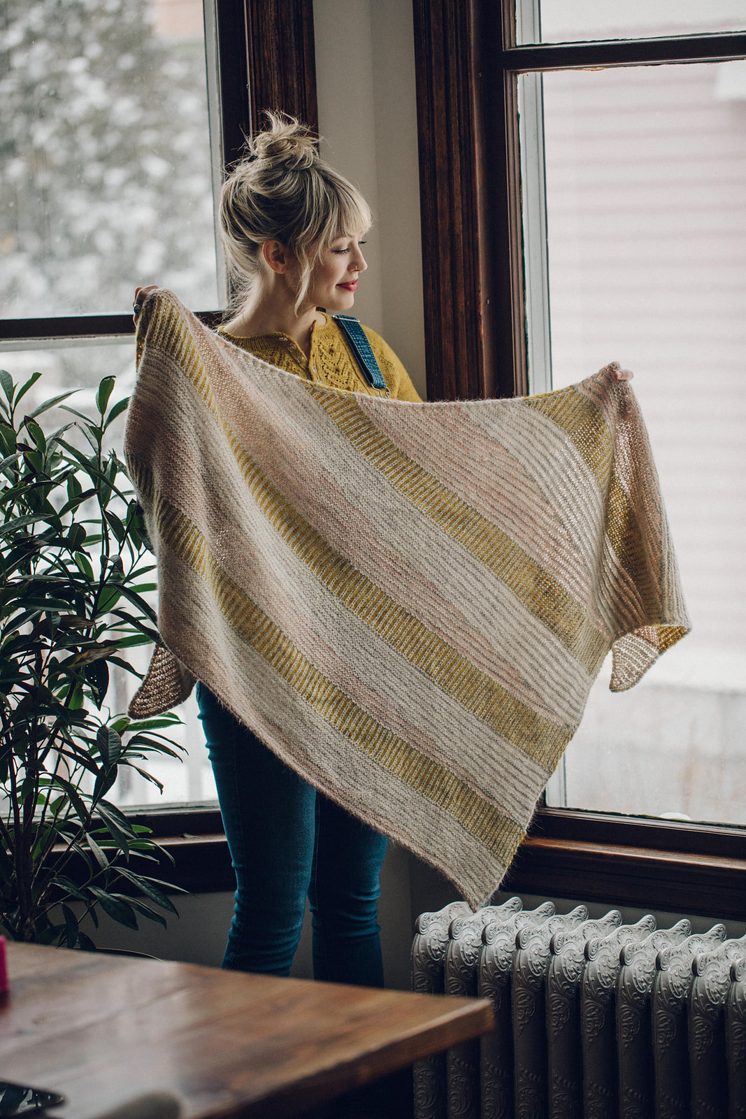 La Bien Aimee Satellite Shawl Kit