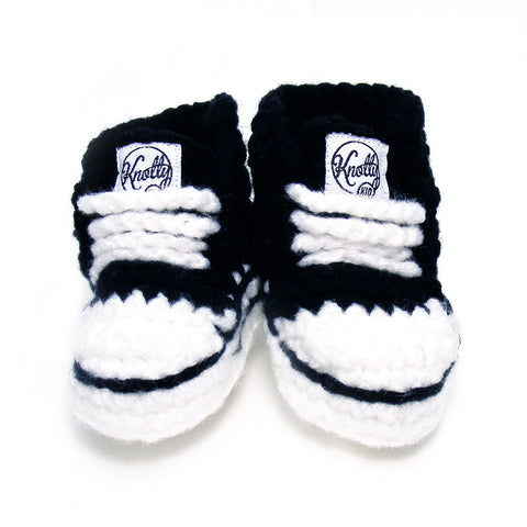 Knotty Kid - Crocheted Baby Booty Slippers Chuck Taylors Sneakers Black