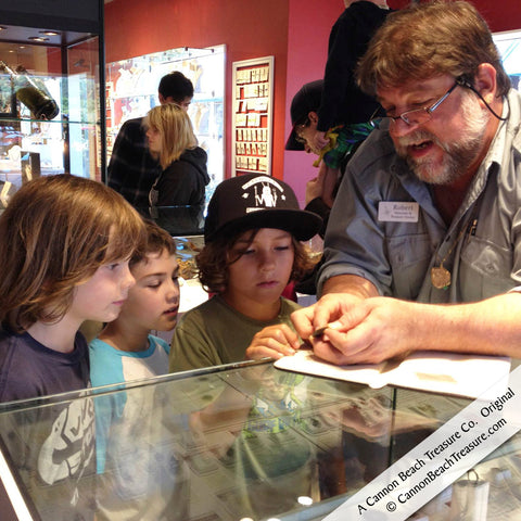 Robert Lewis Knecht Teaches about Shipwreck Coins